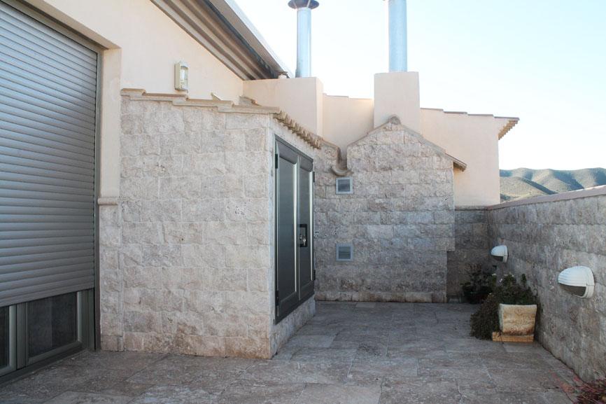 Trabajos exteriores for Ceramicas para terrazas precios